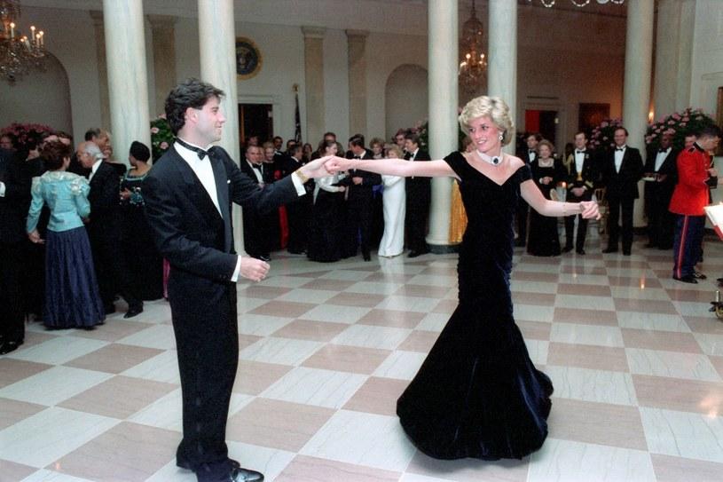 Księżna Diana z Johnem Travoltą w 1985 roku w Waszyngtonie /East News