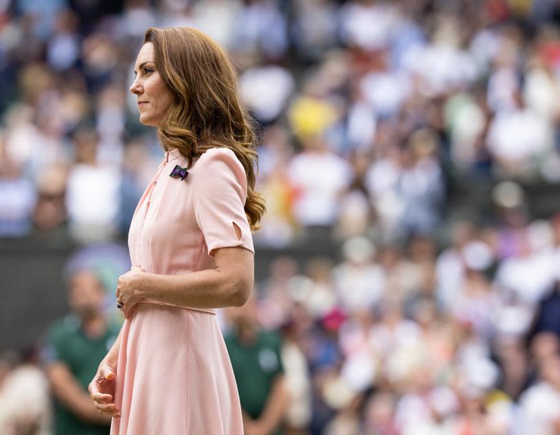 Księżna Kate drastycznie schudła? /SIMON BRUTY /Getty Images