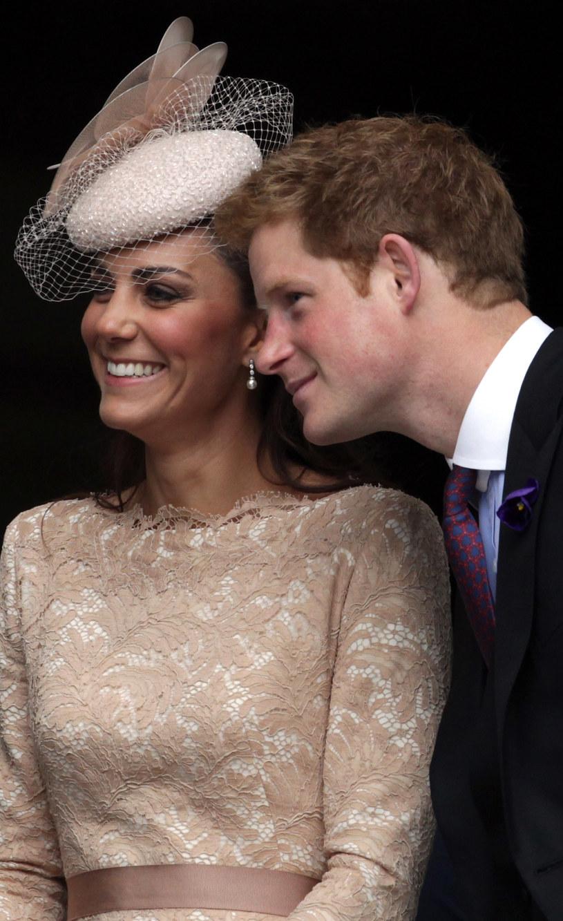 Księżna Kate i Harry /Getty Images