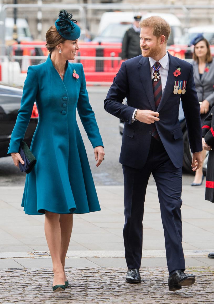 Księżna Kate i książę Harry /Samir Hussein /Getty Images