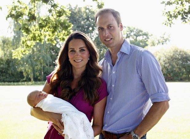 Księżna Kate i Książę William z synem /Getty Images