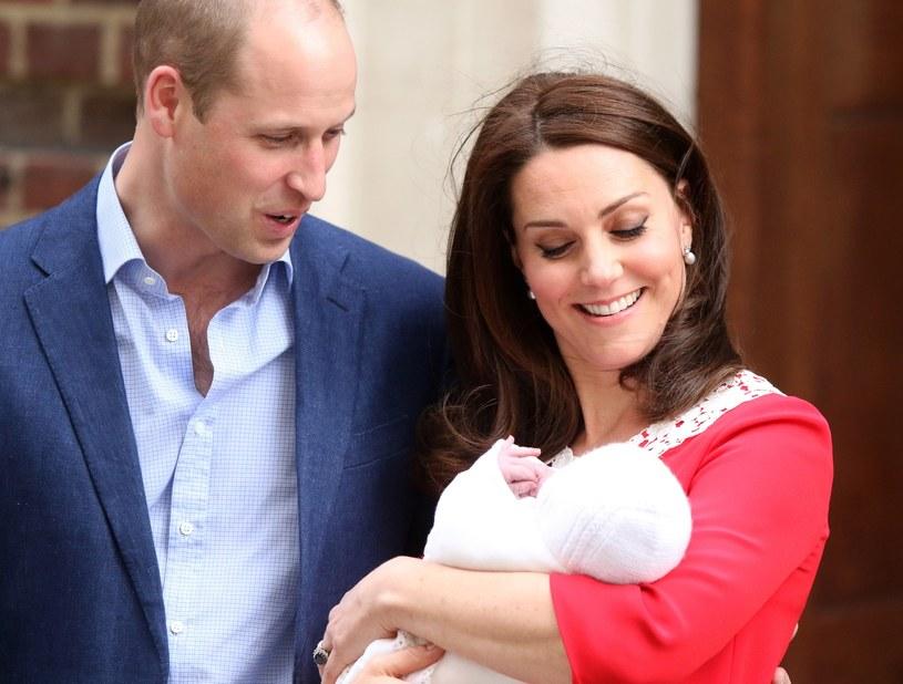 Księżna Kate i książę William z trzecim dzieckiem /Paul Marriott / Splash News /East News