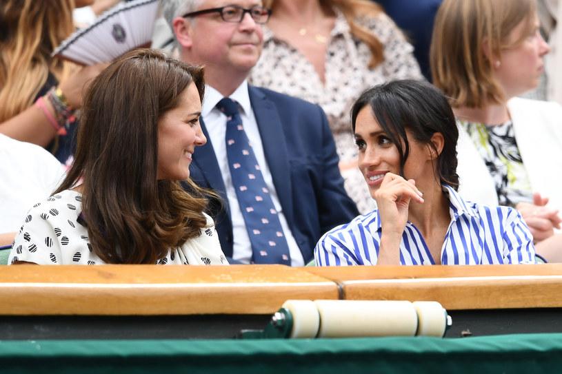 Księżna Kate i Meghan Markle nie przestawały ze sobą rozmawiać /Clive Mason /Getty Images