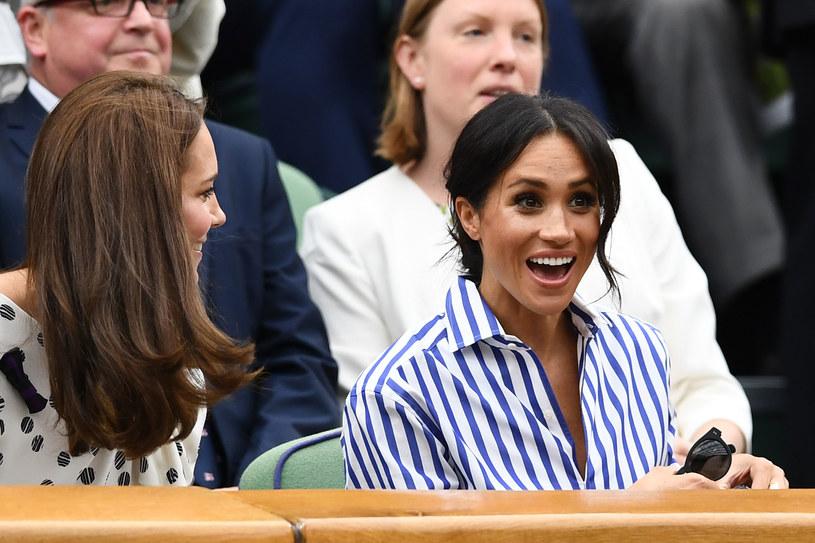 Księżna Kate i Meghan Markle świetnie bawiły się w swoim towarzystwie /Clive Mason /Getty Images