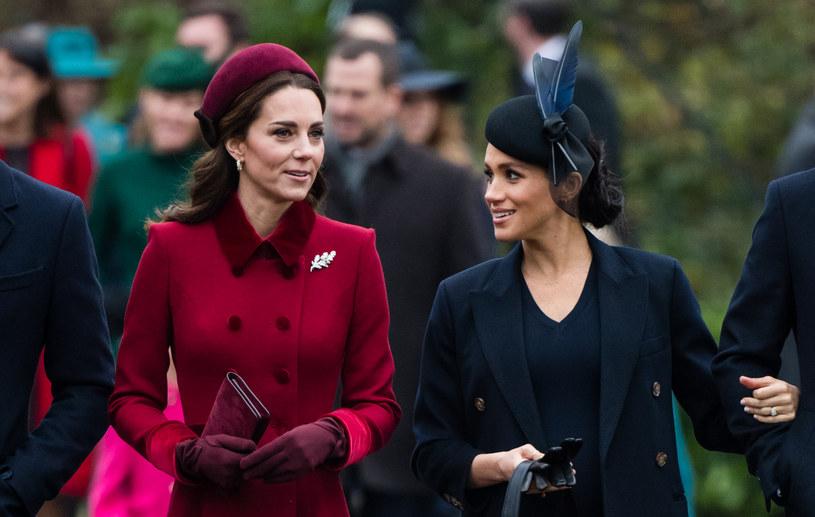 Księżna Kate i Meghan Markle /Pool / Samir Hussein /Getty Images