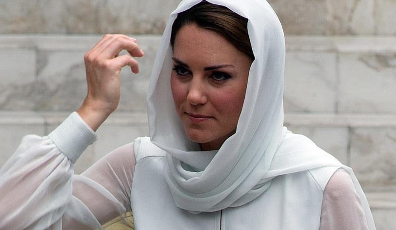 Księżna Kate ma  już wkrótce urodzić /AFP