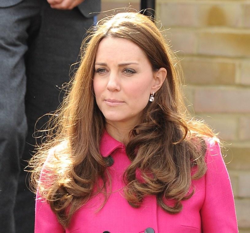 Księżna Kate ma mnóstwo obowiązków służbowych /East News