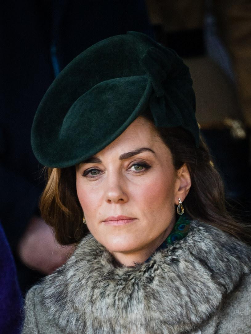 Księżna Kate nie musi martwić się o makijaż. W tej kwestii dba o nią prywatna makijażystka /Pool / Samir Hussein /Getty Images