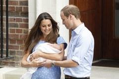 Księżna Kate opuściła szpital z malutkim księciem