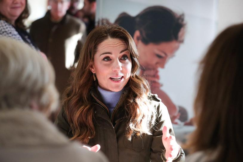 Księżna Kate podczas rozmów o wychowaniu dzieci /Getty Images