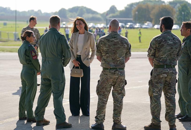 Księżna Kate podczas rozmowy z żołnierzami zdobyła się na prywatne wyznanie /WPA Pool /Getty Images