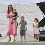 Księżna Kate z dziećmi na meczu polo. Te zdjęcia nie uciszą plotek?