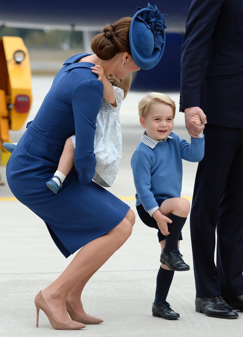 Księżna Kate z dziećmi /Agencja FORUM