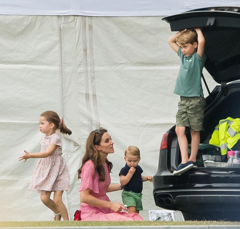 Księżna Kate z dziećmi /Samir Hussein /Getty Images