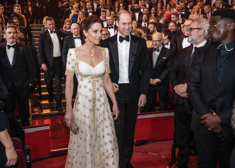Księżna Kate zaprezentowała się w sukni projektu Alexandra McQueena /East News