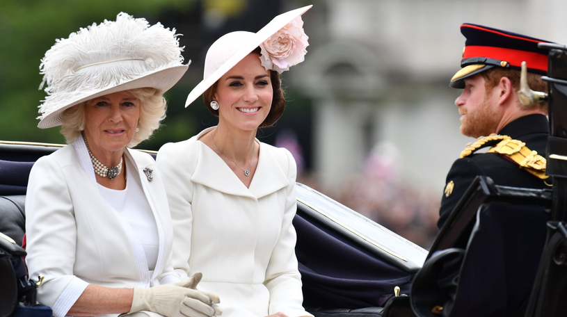 Księżna Kate znana jest z modowego pragmatyzmu /East News