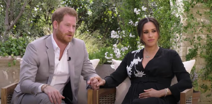 Księżna Meghan i książę Harry w czasie wywiadu z Oprah (fot. screen z YouTube) /materiały prasowe
