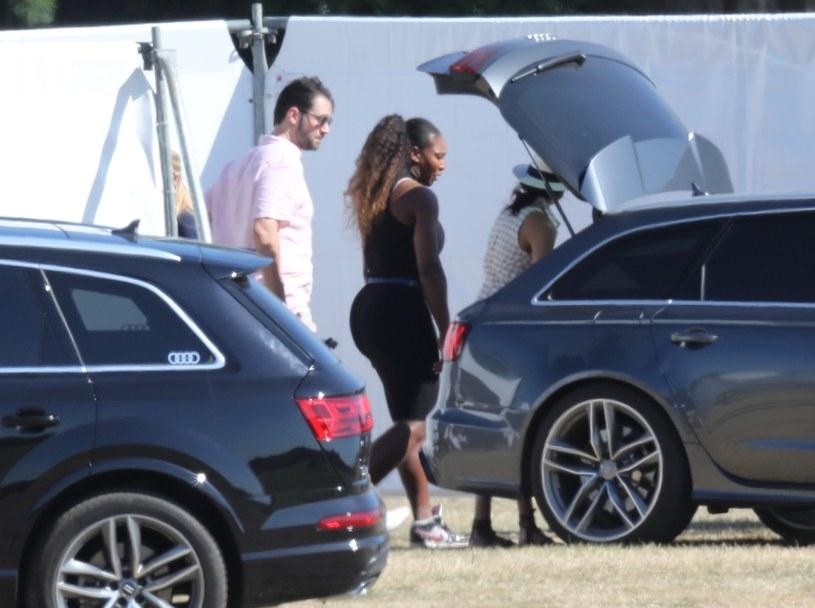 Księżna Meghan i Serena Williams /Splash News /East News