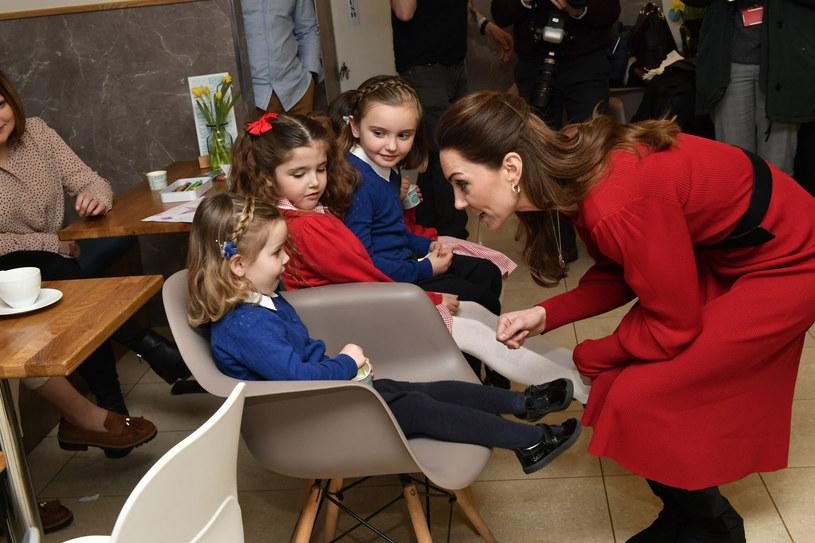 Księżna od wielu lat interesuje się badaniami nad wczesnym rozwojem dzieci /Arthur Edwards/The Sun/Press Association/East News /East News