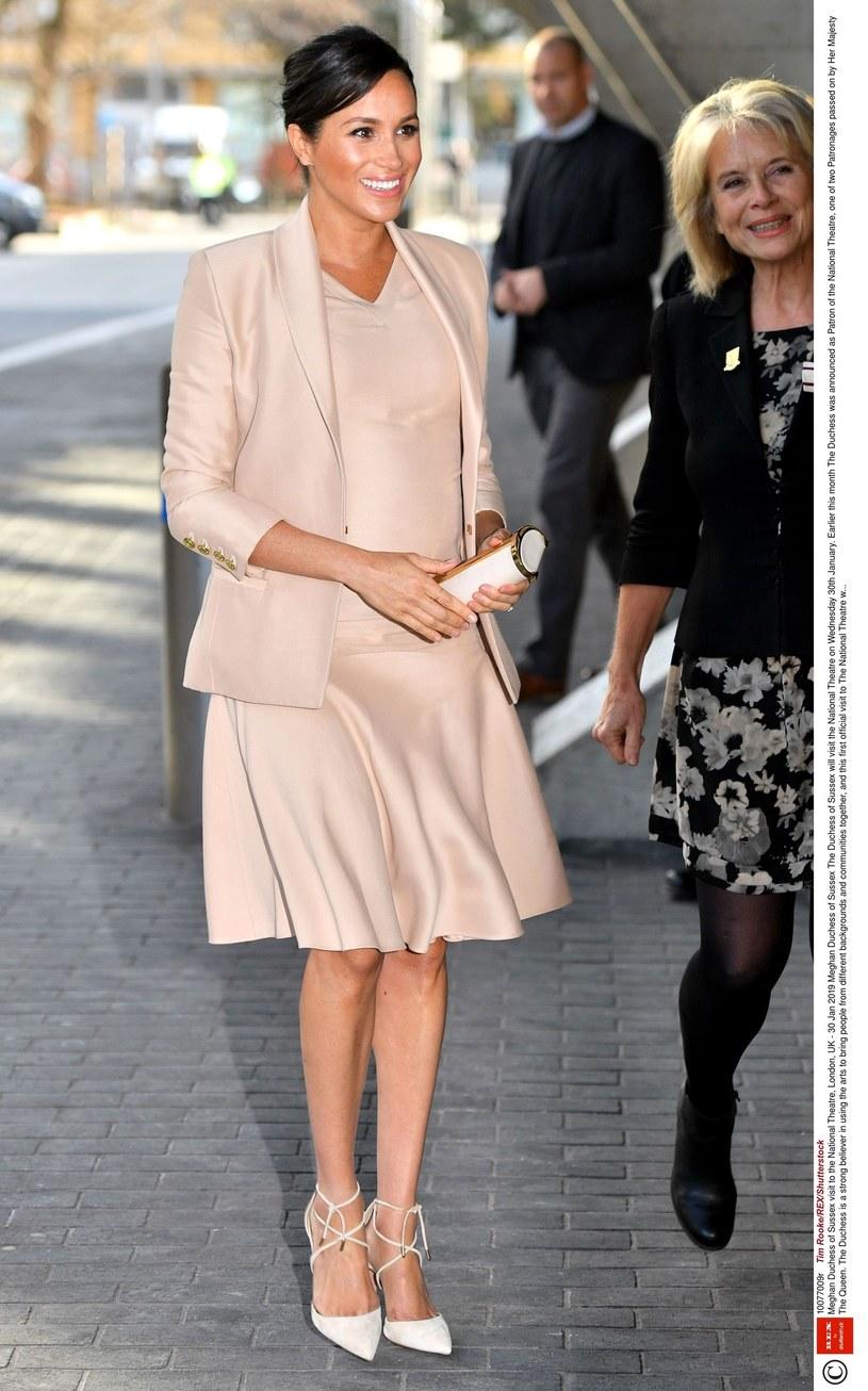 Księżna uwielbia luksusowe ubrania i dodatki /East News