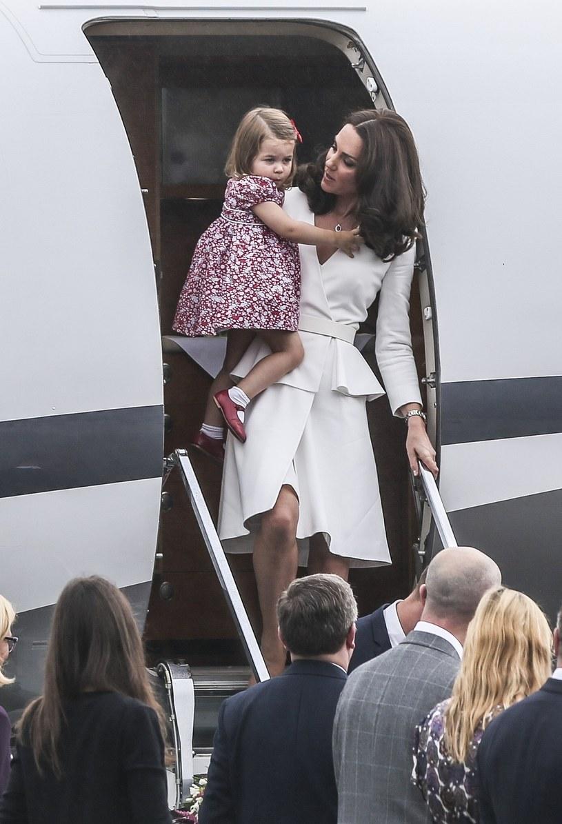Księżna z córeczką /- /East News