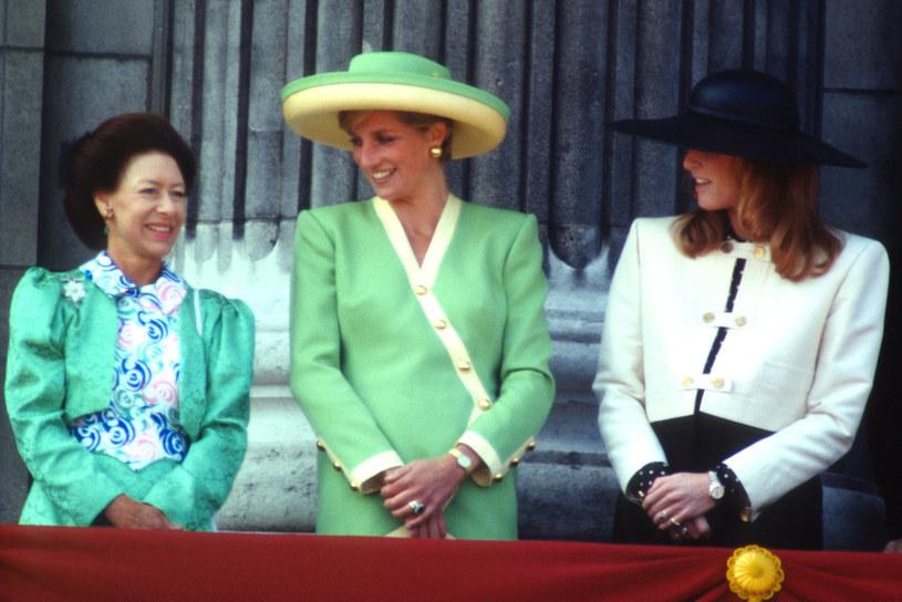 Księżniczka Anna, księżna Diana i Sarah Ferguson bardzo różniły się między sobą i miały odmienne zdanie w różnych kwestiach /Anwar Hussein /Getty Images