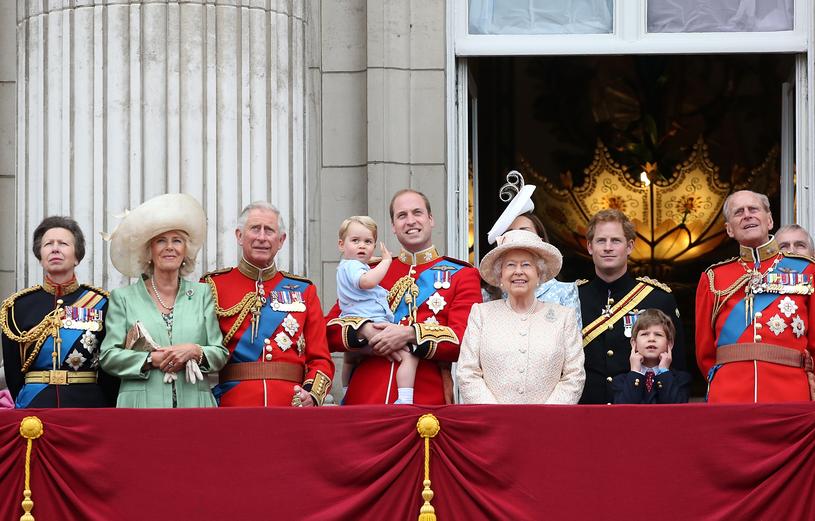 Księżniczka Anna (pierwsza od lewej) z rodziną królewską /Danny Martindale /Getty Images