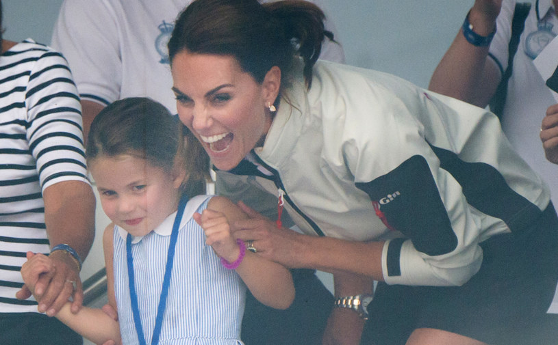 Księżniczka Charlotte z księżną Kate /Samir Hussein /Getty Images