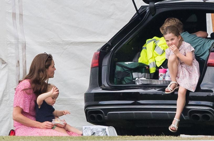 Księżniczka Charlotte z mamą i rodzeństwem / Samir Hussein / Contributor /Getty Images