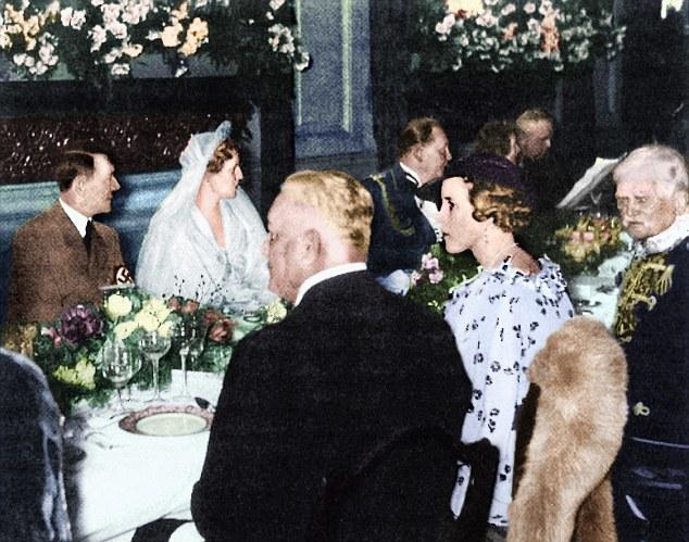 Księżniczka Zofia naprzeciwko Adolfa Hitlera na ślubie Hermanna Goeringa /Channel 4 /