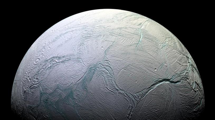 Księżyce Saturna doczekają się dokładniejszego zbadania? /NASA