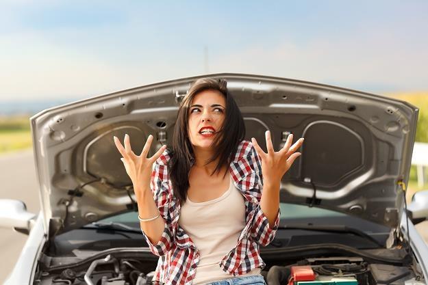 Kto będzie naprawiał e-samochody? /©123RF/PICSEL