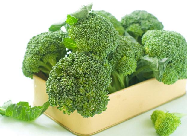 Kto by pomyślał, że brokuły będą świetnym składnikiem na... chleb! /123RF/PICSEL
