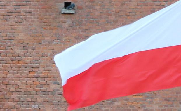 Kto i dlaczego nie wywiesza 3 maja polskiej flagi?