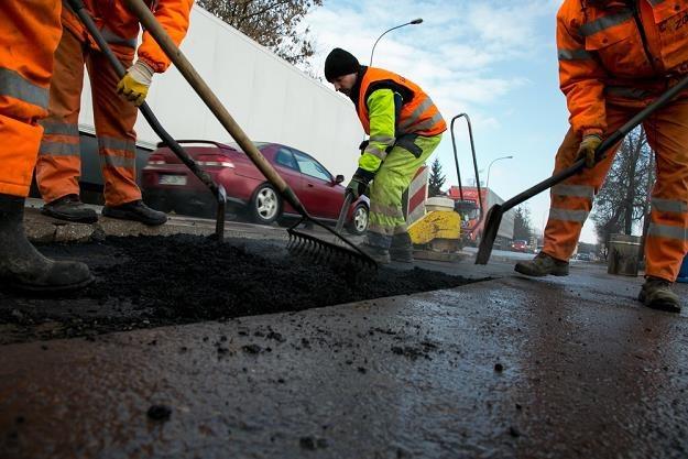Kto ma płacić za utrzymanie dróg lokalnych? / Fot: Marek Maliszewski /Reporter