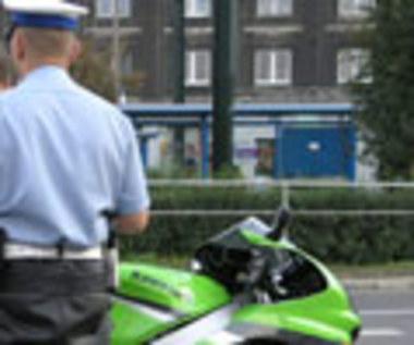 Kto ma rację? Motocykliści czy puszkarze...