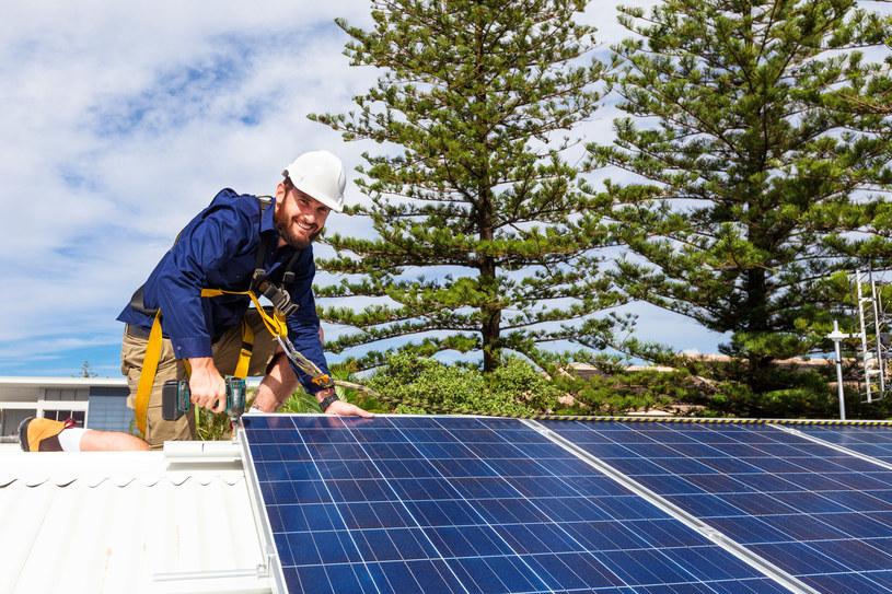 Kto może dostać dofinansowanie do paneli słonecznych? /123RF/PICSEL