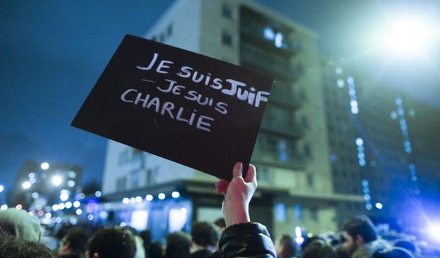 """Kto stoi za zamachami we Francji? """"Brak wiarygodnych informacji"""""""