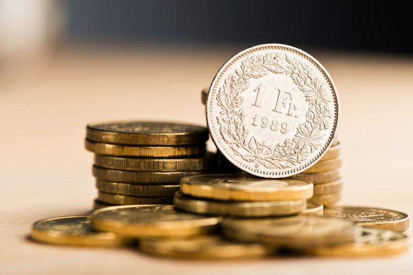 Kto wziął kredyt we frankach nie dostanie od banku mieszkania za darmo /123RF/PICSEL