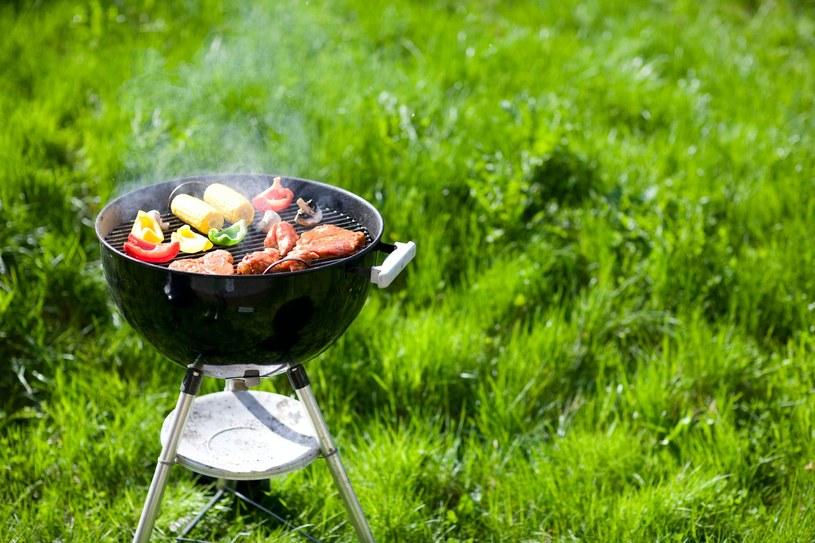 Kto z nas nie lubi potraw z grilla? /123RF/PICSEL