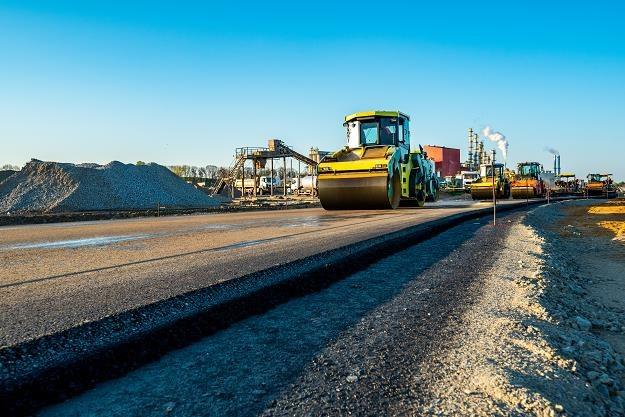 Kto zastąpi wykonawców inwestycji drogowych? /©123RF/PICSEL