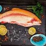 Które ryby są najzdrowsze? Słodkowodne czy morskie?