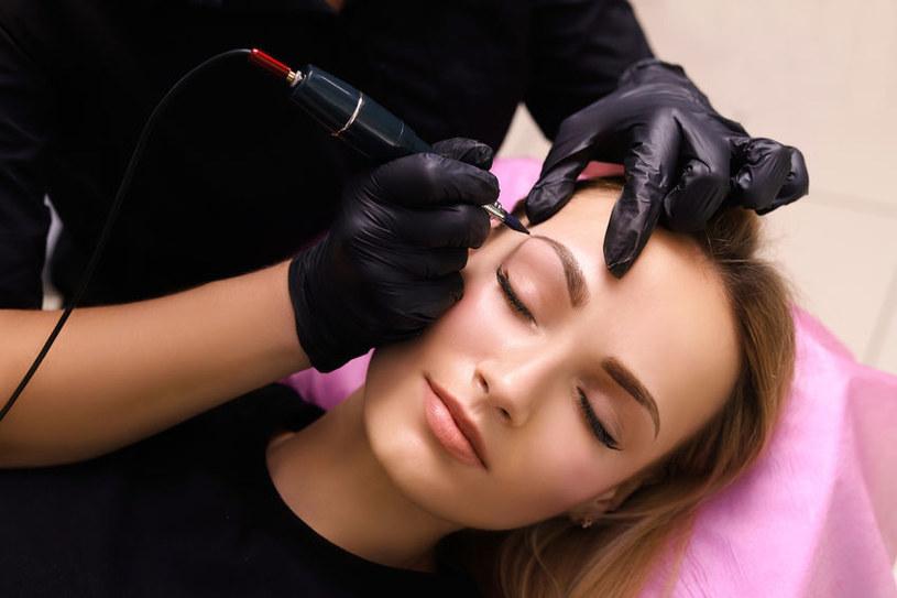 Które zabiegi kosmetyczne mogą być niebezpieczne? /©123RF/PICSEL