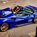 Kuba Wojewódzki pokazał się w nowym Ferrari! A może nie takim nowym?