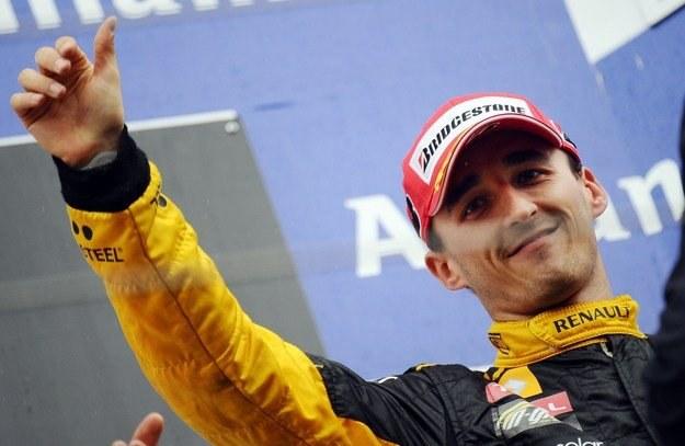 Kubica chciał zmierzyć się z Raikkonenem /AFP