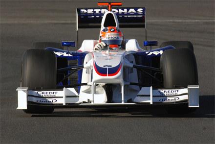 Kubica na torze w Jerez / kliknij /