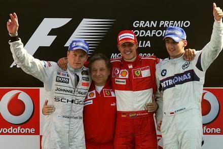Kubica po raz pierwszy na podium / Kliknij /AFP