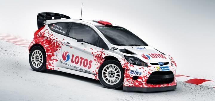 Kubica:  Ponieważ jest to mój domowy rajd, pomyślałem, że miło by było pokazać moją Fiestę WRC w barwach narodowych /