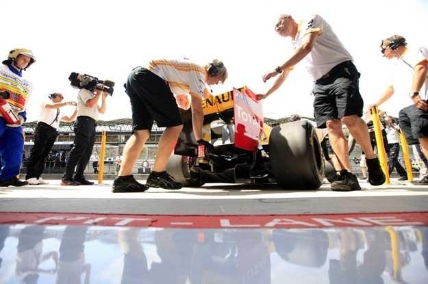 Kubica  rozpocznie niedzielny wyścig o Grand Prix Węgier z 8 miejsca /