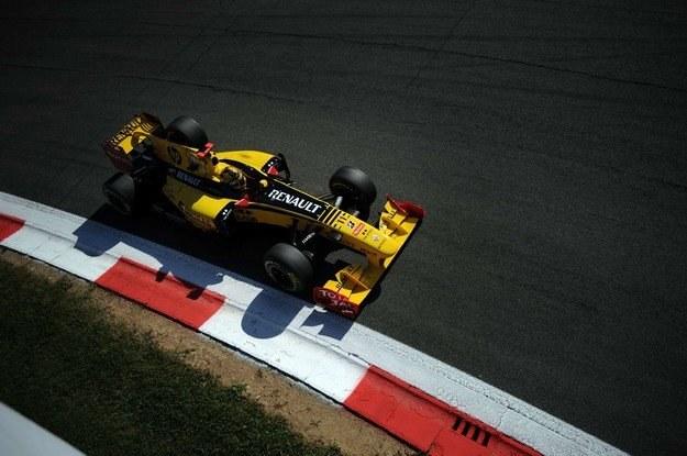 Kubica wystartuje do wyścigu z 9. pola /AFP